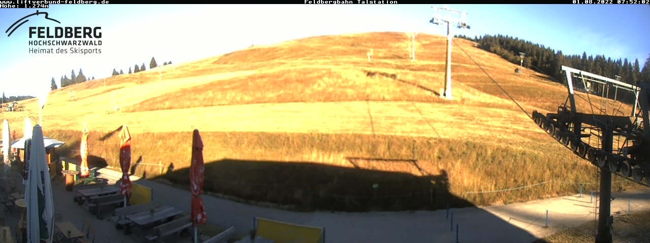 http://webcam.land-in-sicht.com/feldberg/webcam-talstation-seebuck640.jpg