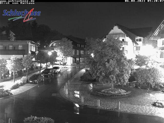 Blick vom Rathaus auf die Ortsmitte von Schluchsee